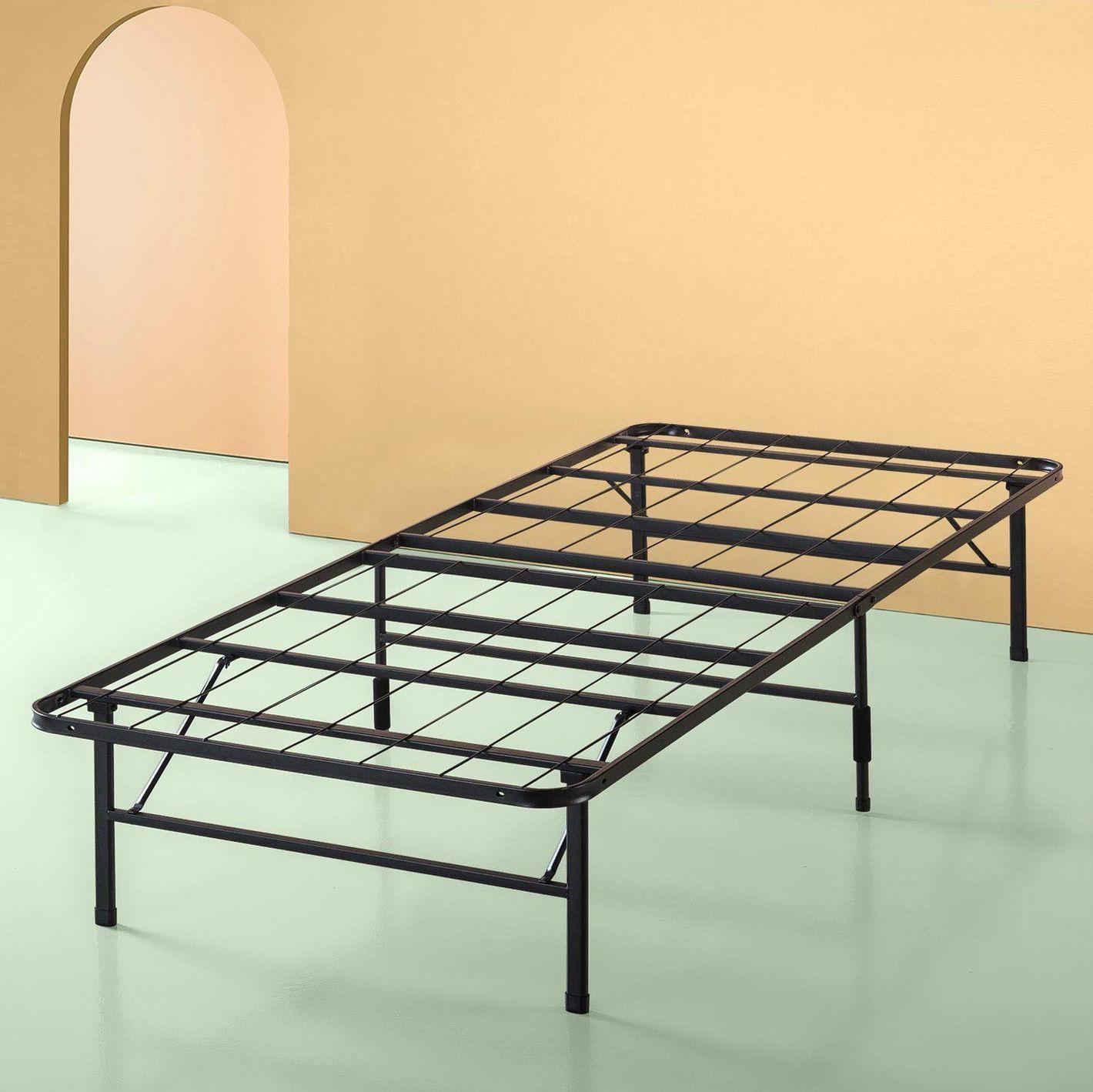 a9172d4135f Zinus Sleep Master Platform Metal Bed Frame Foundation Set