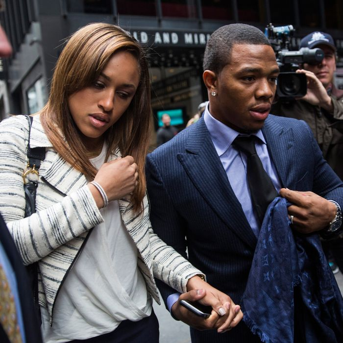 NEW YORK, NY - NOVEMBER 05: Suspended Baltimore Ravens football player Ray Rice (R) and his wife Janay Palmer arrive for a hearing on November 5, 2014 in New York City. Rice is fighting his suspension after being caught beating his wife in an Atlantic City casino elevator in February 2014. (Photo by Andrew Burton/Getty Images)