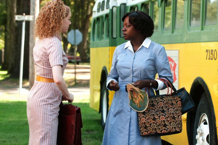 """THE HELP""  TH-014R  Skeeter Phelan (Emma Stone, left) engages reluctant Aibileen Clark (Academy Award? nominee Viola Davis, right) in an important conversation in DreamWorks Pictures' inspiring drama, ""The Help,"" based on the New York Times best-selling novel by Kathryn Stockett. ""The Help"" is written for the screen and directed by Tate Taylor, with Brunson Green, Chris Columbus and Michael Barnathan producing.  Ph: Dale Robinette  ?DreamWorks II Distribution Co., LLC. ?All Rights Reserved."