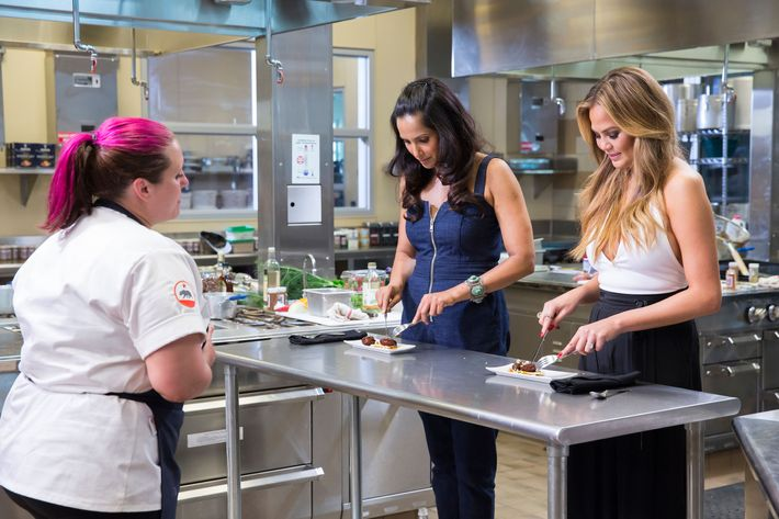 It's not a real cooking show these days until Chrissy Teigen shows up.