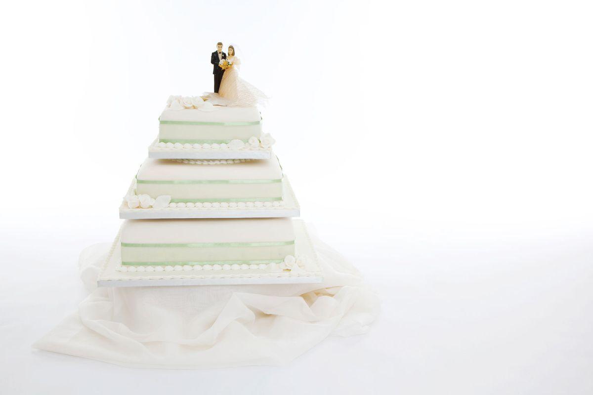 Pixel Art Wedding Cake : Pixels Wide Cake Ideas and Designs
