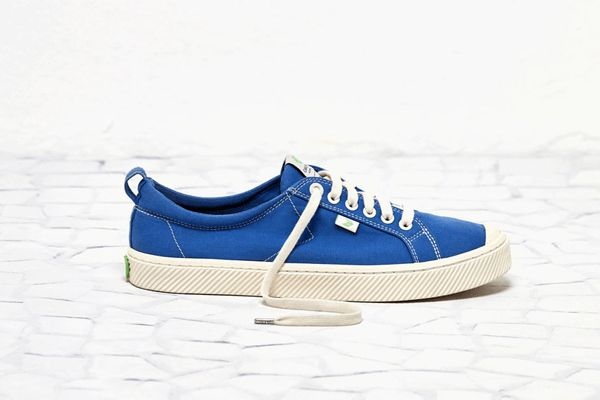 OCA Low Washed Contrast Thread Canvas Sneaker