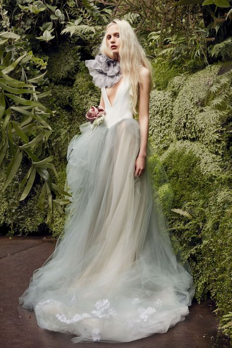 b1f16e2142d64 Best Wedding Dresses From Bridal Fashion Week Spring 2020