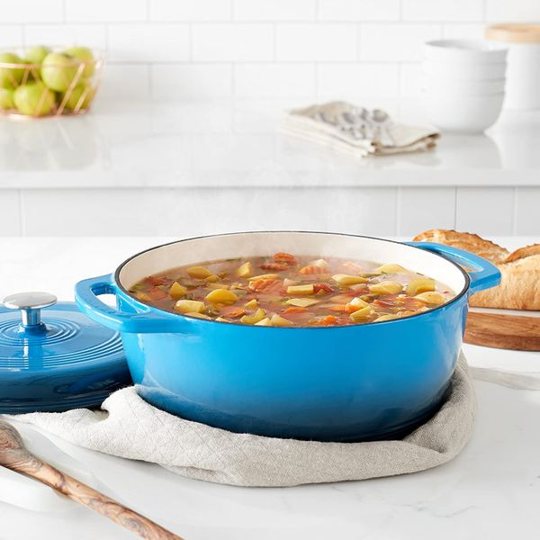 AmazonBasics Enameled Cast-Iron Casserole Dutch Oven