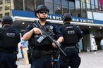 US-POLICE-GRADUATION-SECURITY