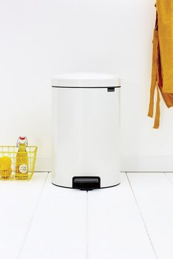 Brabantia NewIcon 5.3 Gallon Step On Trash Can