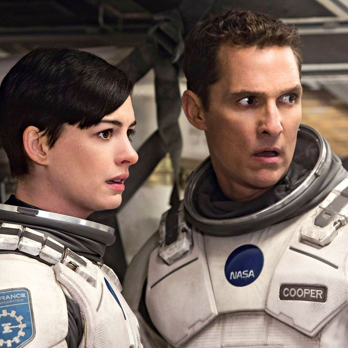 Anne Hathaway And Matthew Mcconaughey Movies: Christopher Nolan's Interstellar Is Big, Long, Ridiculous