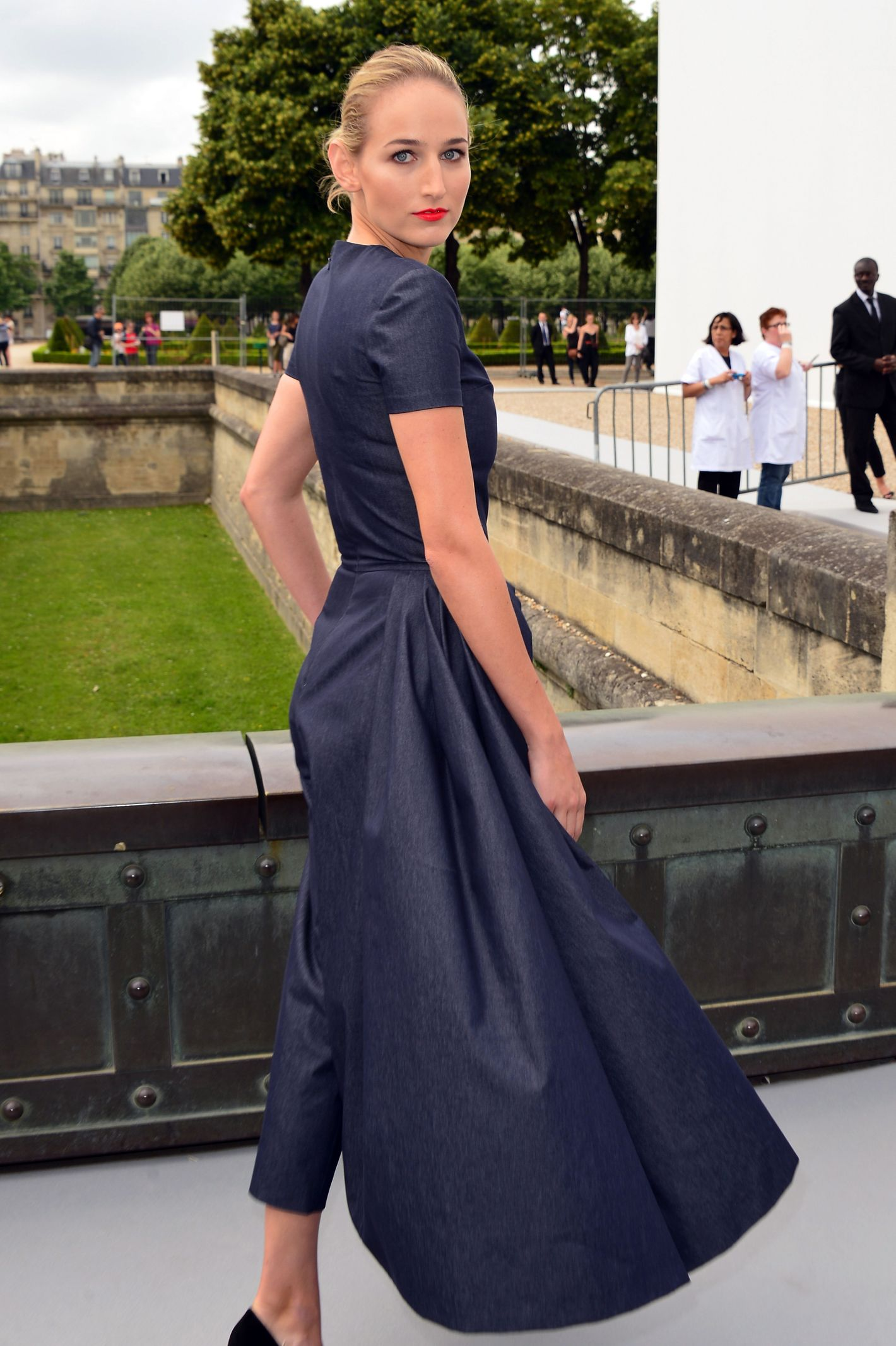 c76231dd73b1 To Discuss  Jennifer Lawrence s Dior Skirt-Pants