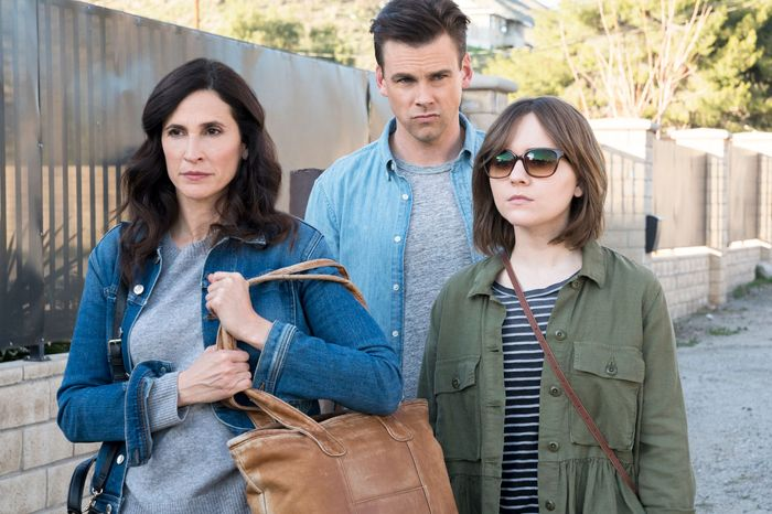Michaela Watkins, Tommy Dewey, and Tara Lynne Barr in Casual.