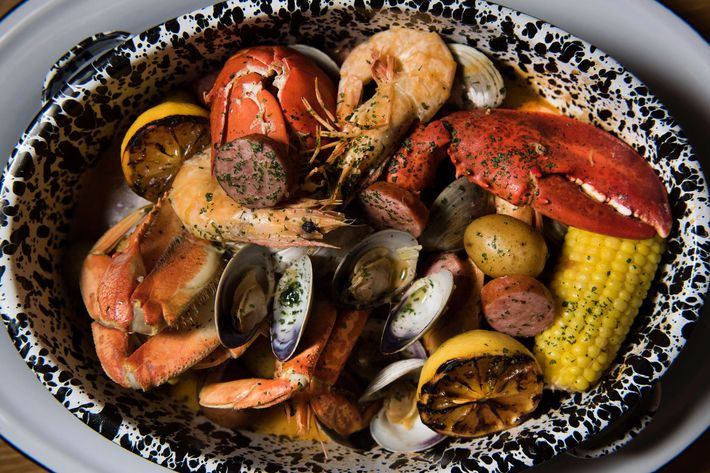 First Look At Casino Clam Bar In Williamsburg