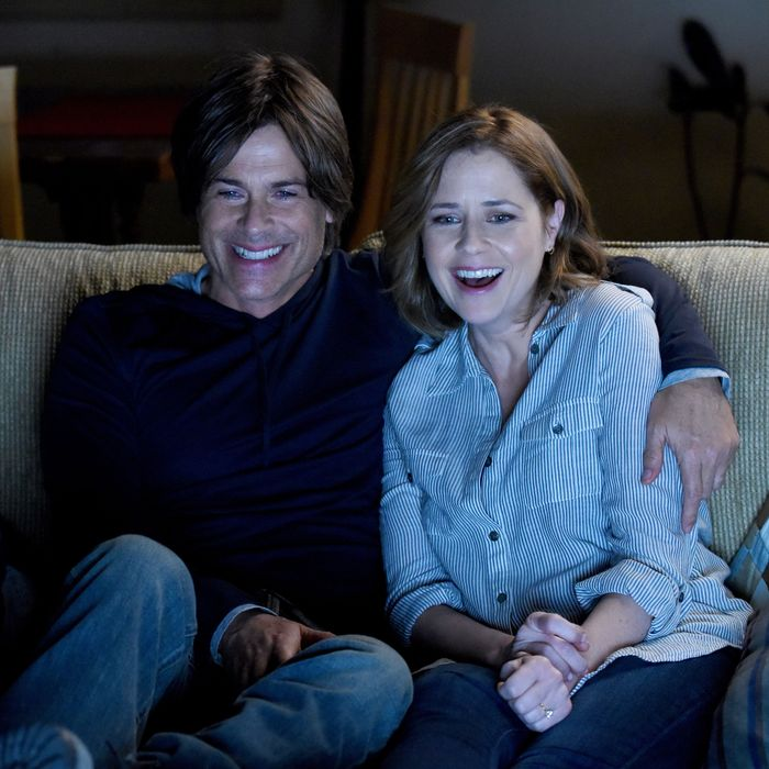 THE GRINDER: L-R: Rob Lowe and guest star Jenna Fischer in the