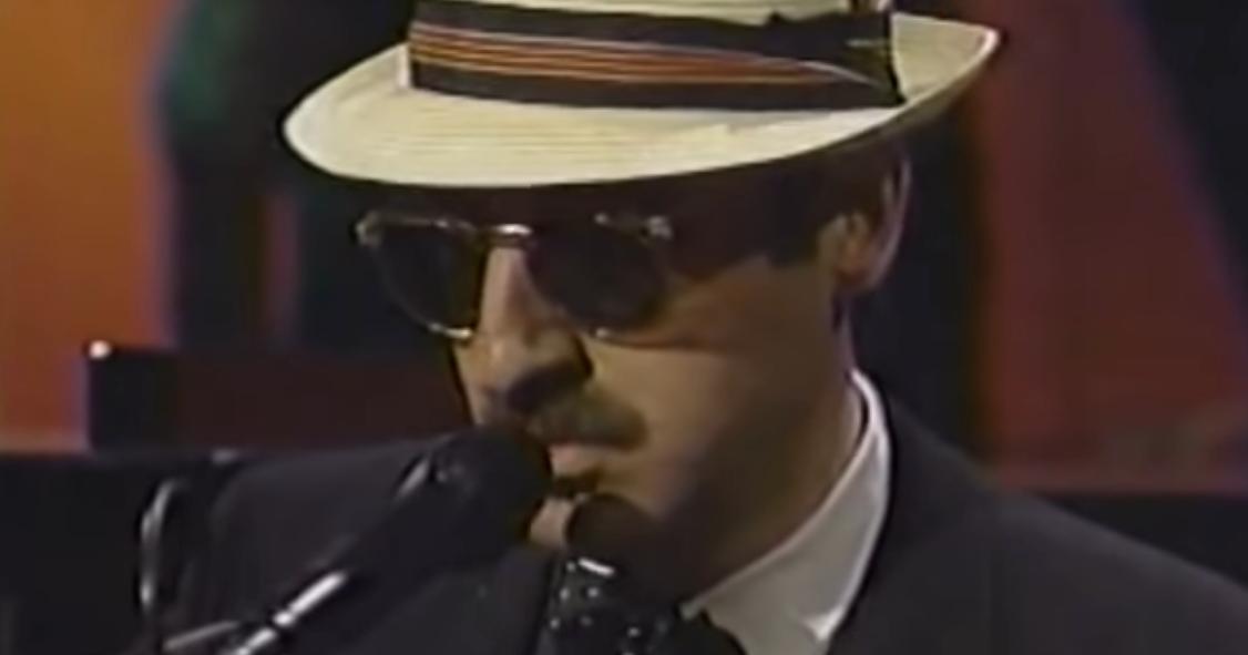 Enigmatic Bluesman Leon Redbone Has Died