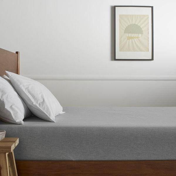 Parachute Heathered-Percale Fitted Sheet