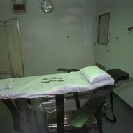 The execution chamber at Oklahoma State Penitentiary in McAlester, Okla., is shown Thursday, Aug. 8, 1996, just hours before the scehduled execution of Steven Keith Hatch. Hatch was scheduled to die early Friday by lethal injection for his part in the murder of an Oklahoma pastor and his wife. (AP Photo/Jerry Laizure)