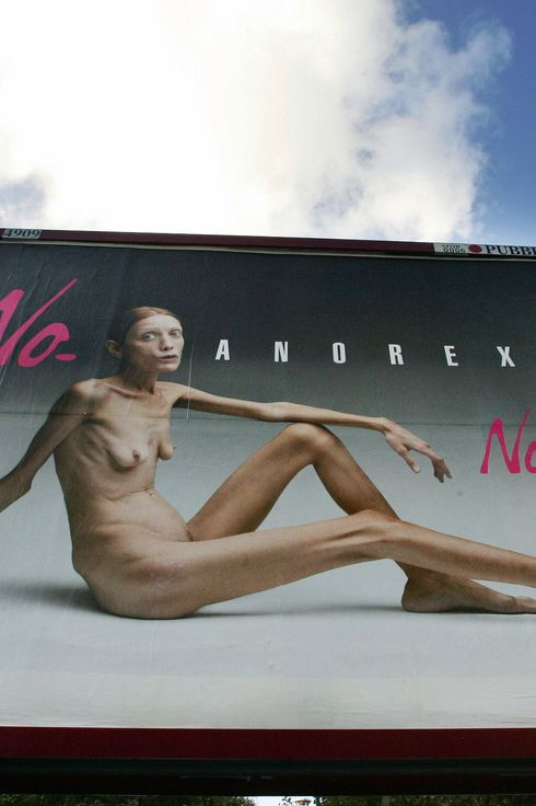 This picture taken 26 September 2007 in Rome shows an Italian advertising campaign featuring French actress and anorexia sufferer Isabelle Caro