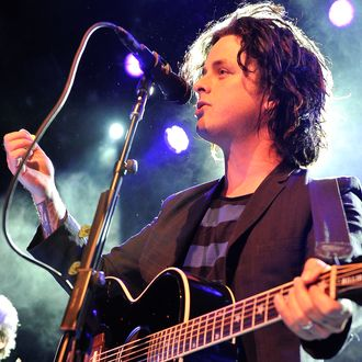 SAN FRANCISCO, CA - MAY 15: Billie Joe Armstrong of Green Day performs at the 1st Annual