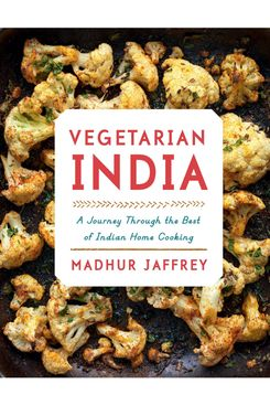 Vegetarian India: A Journey Through the Best of Indian Home Cooking: A Cookbook