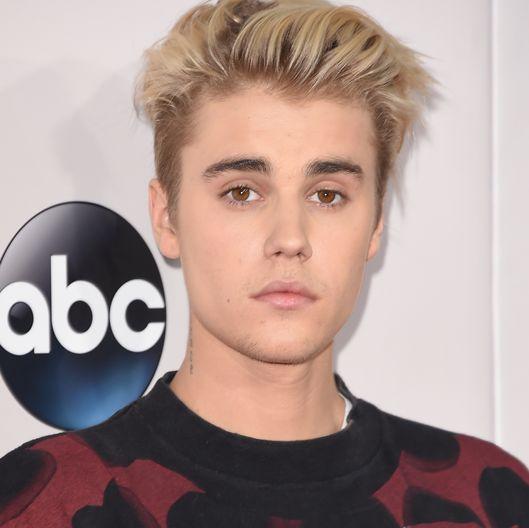 2015 American Music Awards - Arrivals. Justin Bieber.