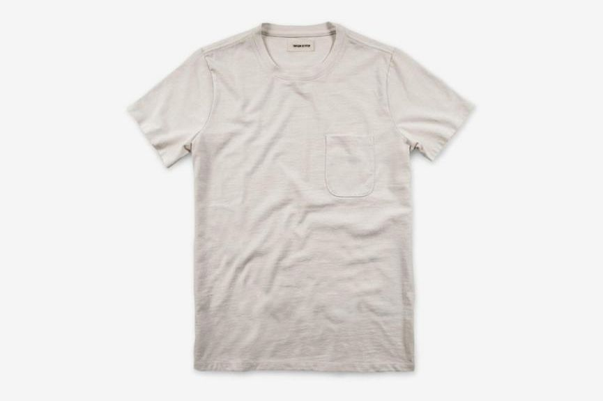 96edc9232 The 18 Best Men's White T-shirts 2018