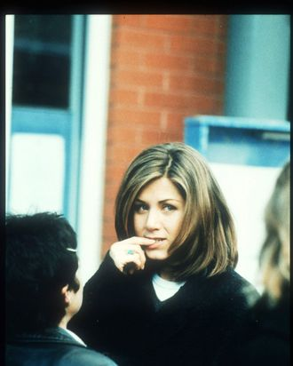 Jennifer Aniston Sat Out Of The Friends Fountain Photo Shoot