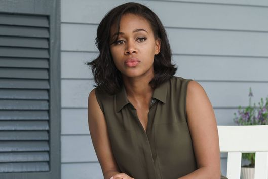 "SLEEPY HOLLOW: Abbie (Nicole Beharie) in the ""Whispers In The Dark"" episode of SLEEPY HOLLOW airing Thursday, Oct. 8 (9:00-10:00 PM ET/PT) on FOX.  ©2015 Fox Broadcasting Co. CR: Tina Rowden/FOX"