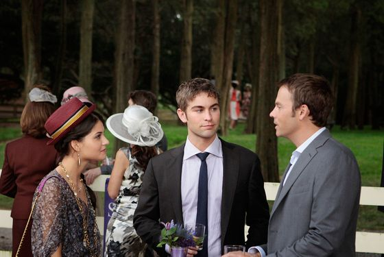 "GOSSIP GIRL--""Portrait of a Lady Alexander"" Pictured (L-R): Sofia Black-D'Elia as Sage, Chace Crawford as Nate Archibald and Barry Watson as Steven"