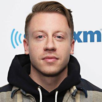 Celebrities Visit SiriusXM Studios - January 25, 2016
