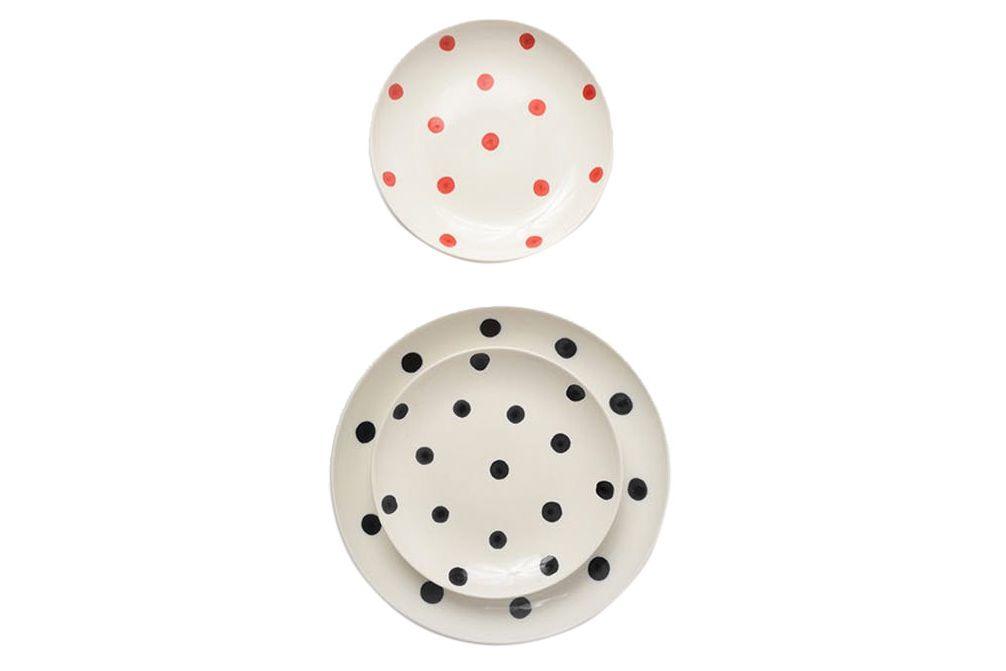Lotta spot plates