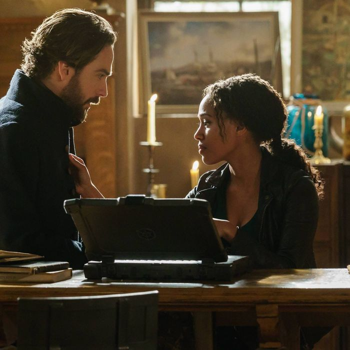 SLEEPY HOLLOW: L-R: Tom Mison and Nicole Beharie in theÒRagnarokÓ season finale episode of SLEEPY HOLLOW airing Friday, April 8 (8:00-9:00 PM ET/PT) on FOX. ©2016 Fox Broadcasting Co. Cr: Tina Rowden/FOX