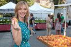Epicurious Editor-in-Chief Tanya Steel Wakes Up to Her Husband's 'Perfect' Lattes, Keeps Chocolate Sauce on Hand for Churros