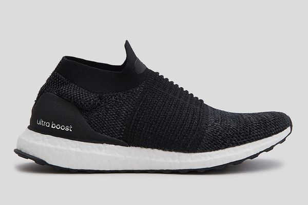 Adidas UltraBOOST Laceless in Black for Women
