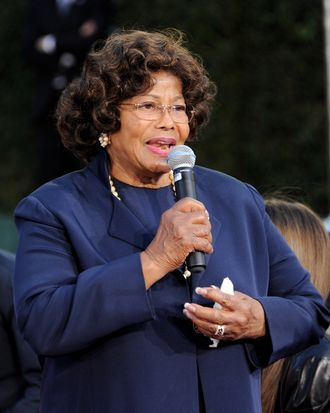 LOS ANGELES, CA - JANUARY 26: Katherine Jackson appears at the Michael Jackson Hand and Footprint ceremony at Grauman's Chinese Theatre on January 26, 2012 in Los Angeles, California. (Photo by Kevin Winter/Getty Images)