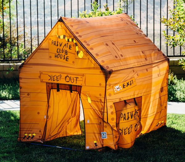 Pacific Play Tents 60801 Club House