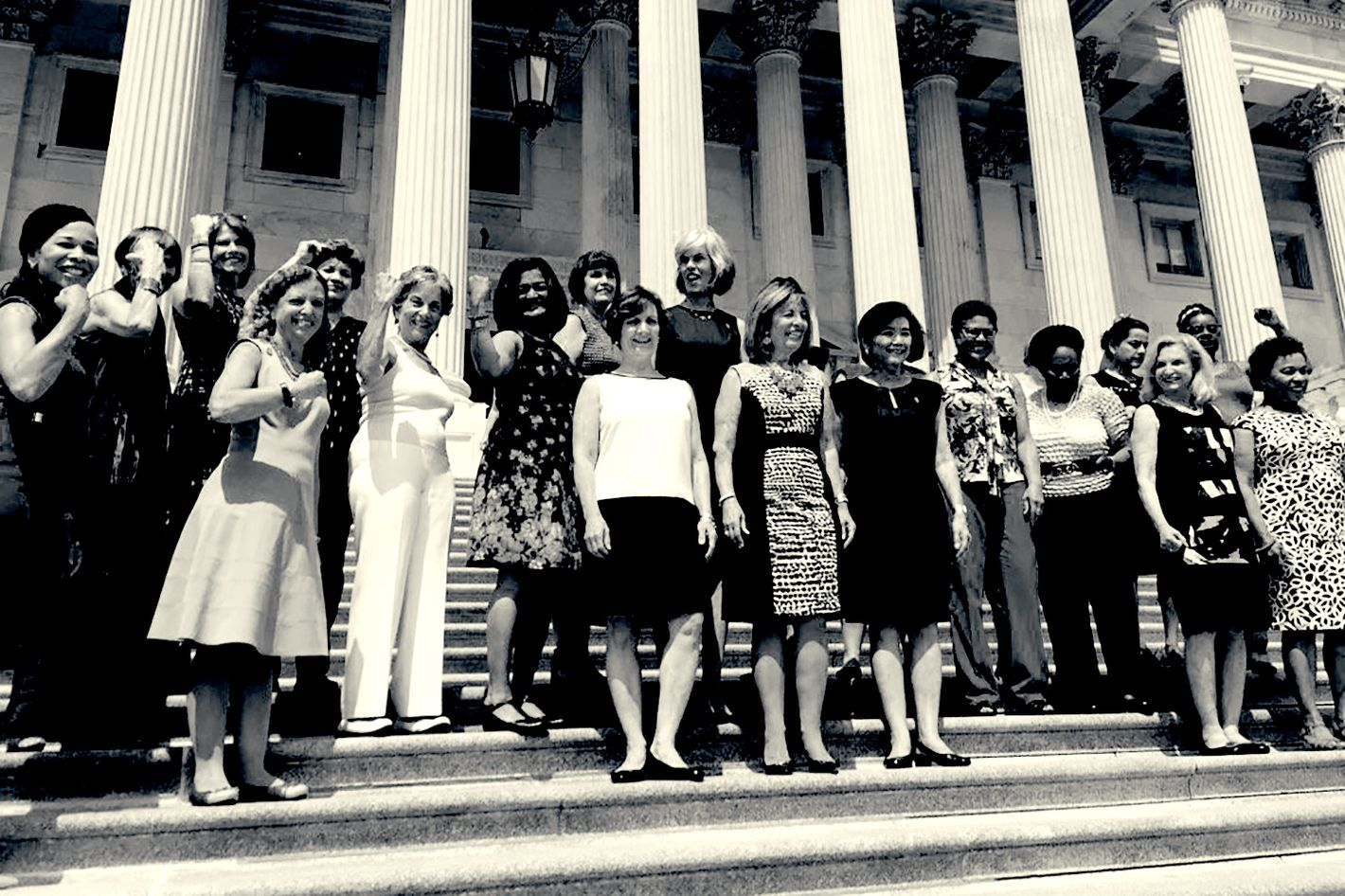 Congresswomen Go Sleeveless After Change to Dress Code