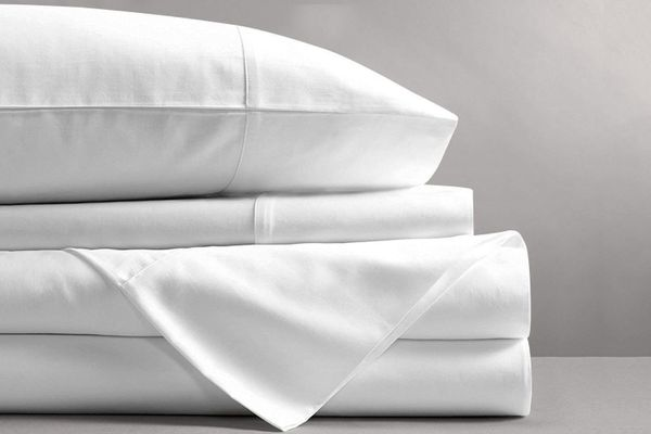 Mayfair Linen 600 Thread Count Cotton Sheets