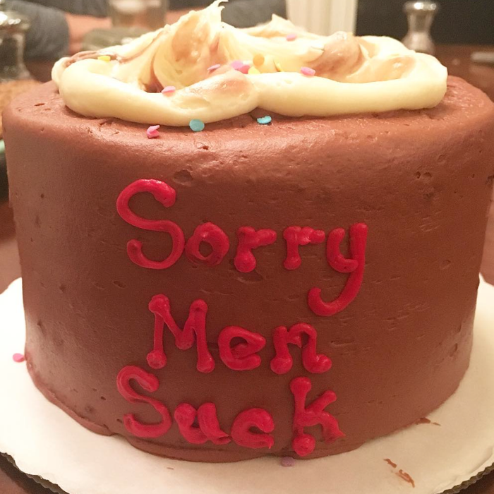 Kevin Smith Gave His Daughter A Sorry Men Suck Cake And Proves