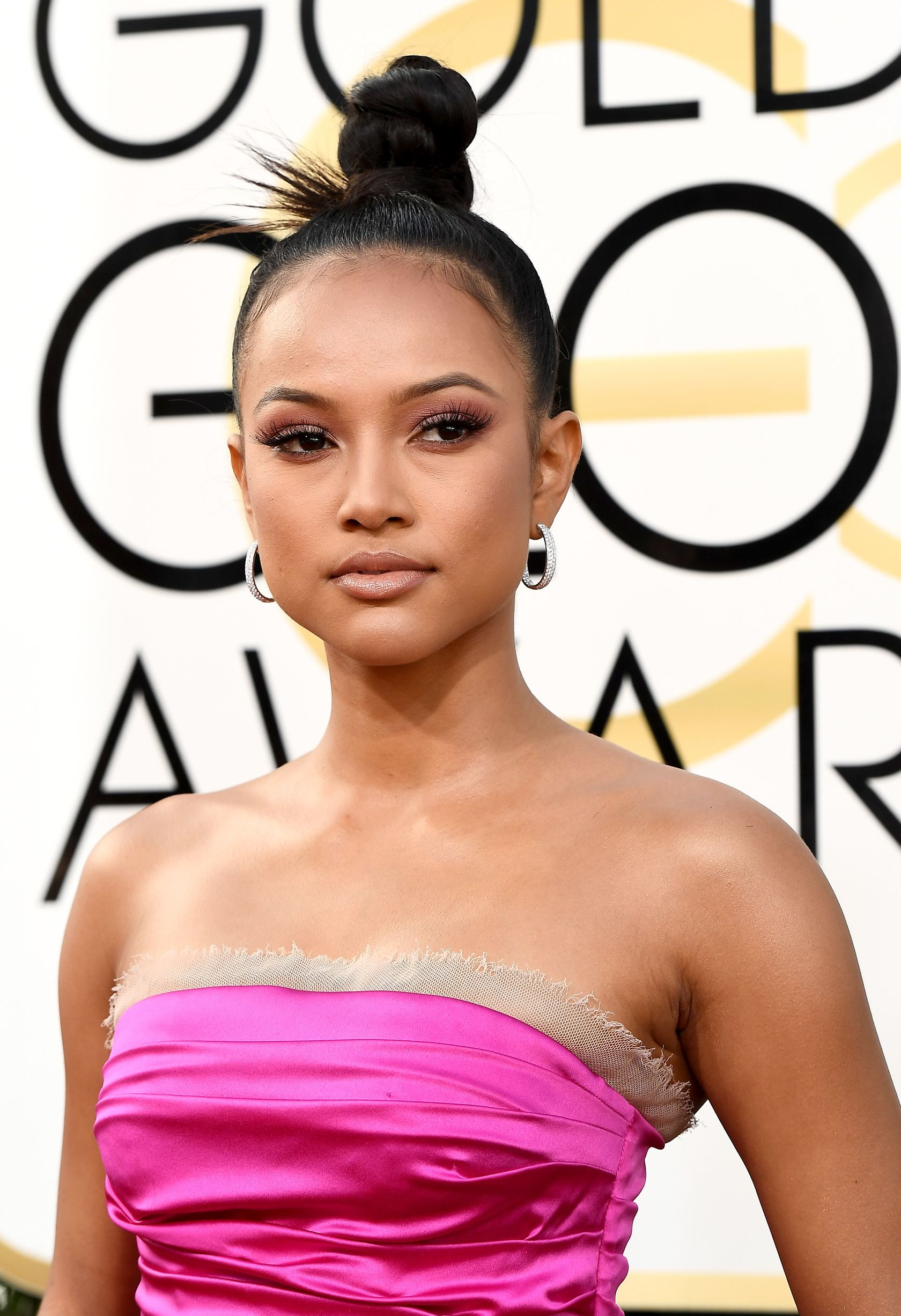 The 30-year old daughter of father Devon Minters and mother Cindy Adamson Karrueche Tran in 2019 photo. Karrueche Tran earned a  million dollar salary - leaving the net worth at 0.9 million in 2019