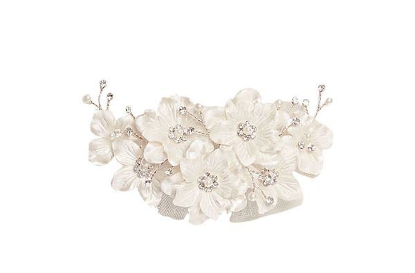 Flower and tulle hair comb