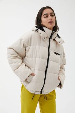 UO Rae Hooded Puffer Jacket