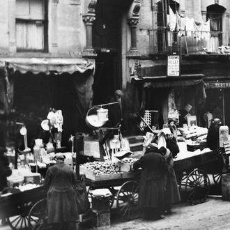 Open Air-Market In New-York Around 1938