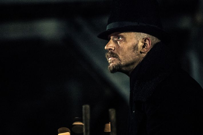 "TABOO -- ""Episode 2"" (Airs Tuesday, January 17, 10:00 pm/ep) -- Pictured: Tom Hardy as James Keziah Delaney. CR: FX"