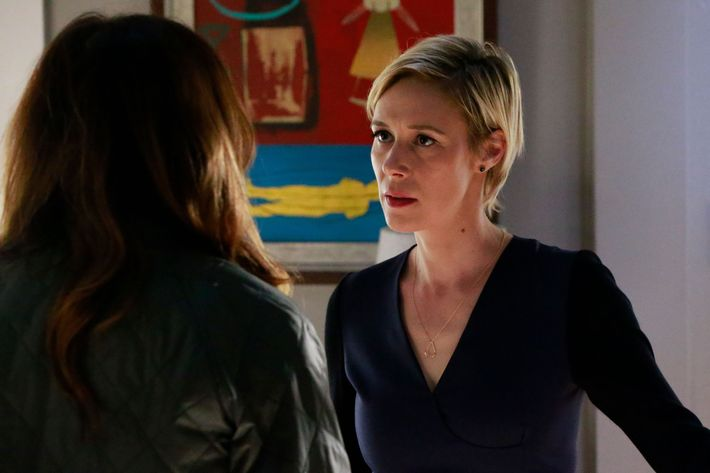 How to get away with murder season 3 episode 14 liza weil as bonnie photo mitch haasethabc how to get away with murder ccuart Image collections