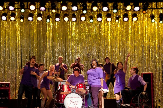 "GLEE:""New Directions"" perform in the Season Three premiere episode ""The Purple Piano Project"" of GLEE airing Tuesday, Sept. 20 (8:00-9:00 PM ET/PT) on FOX. ?2011 Fox Broadcasting Co. Cr: Adam Rose/FOX"