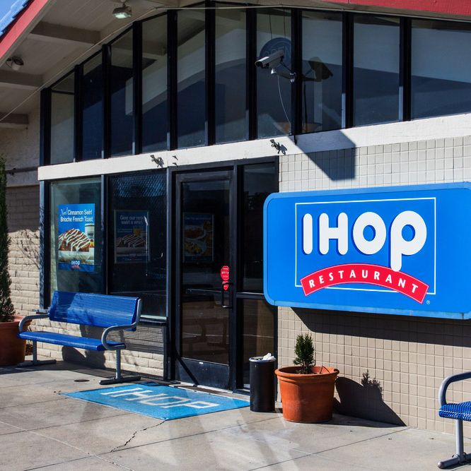 Today its brethern IHOP across the country shed imitation maple syrup tears of mourning.
