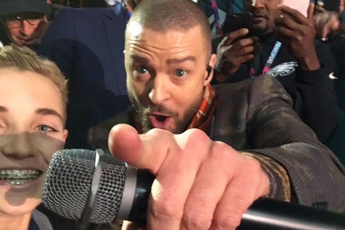Funny Memes For Kids No Swearing : Super bowl selfie meme kid knows who justin timberlake is