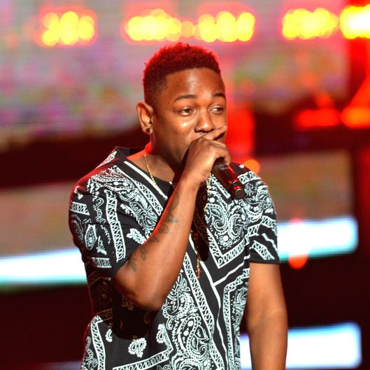 Kendrick Lamar performs onstage at the 2012 BET Hip Hop Awards at Boisfeuillet Jones Atlanta Civic Center on September 29, 2012 in Atlanta, Georgia.