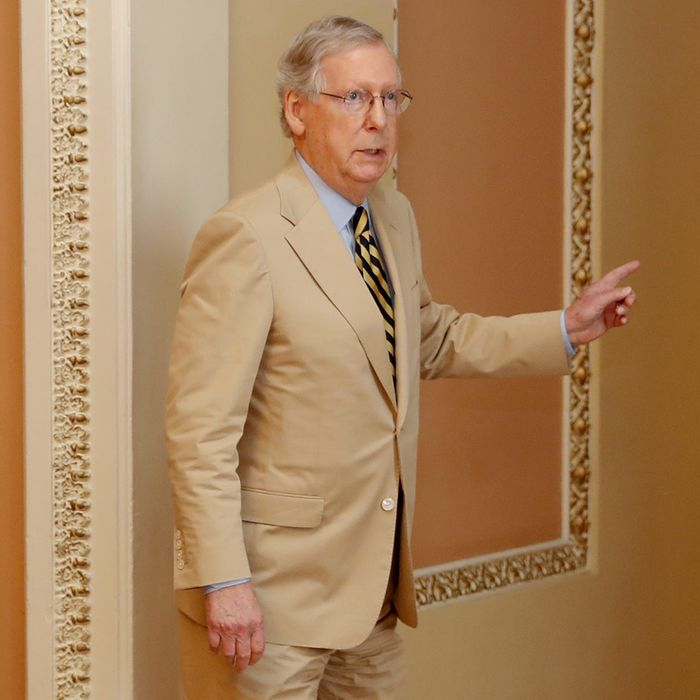 Mitch Mcconnell Wore Bad Tan Suit