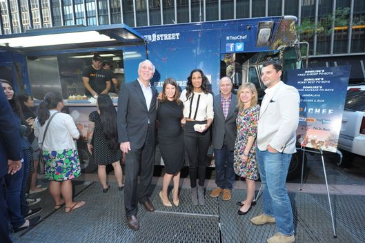 "TOP CHEF -- ""Top Chef Food Truck Stunt in New York, NY on Tuesday, October 1, 2013"" -- Pictured: Larry Burstein, Publisher, New York Magazine, Gail Simmons, Padma Lakshmi, Tom Colicchio, Alan Sytsma, Senior Editor, Grub Street ."