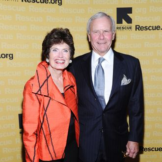 NEW YORK, NY - NOVEMBER 09: Former NBC news anchor Tom Brokaw (R) and Meredith Brokaw walk the red carpet for the International Rescue Committee's Annual Freedom Award benefit at the Waldorf Astoria Hotel on November 9, 2011 in New York City. (Photo by Mike Coppola/Getty Images for IRC)