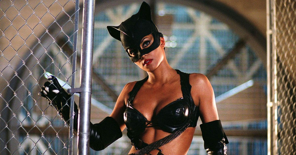 Anne hathaway as catwoman great ass - 1 part 9